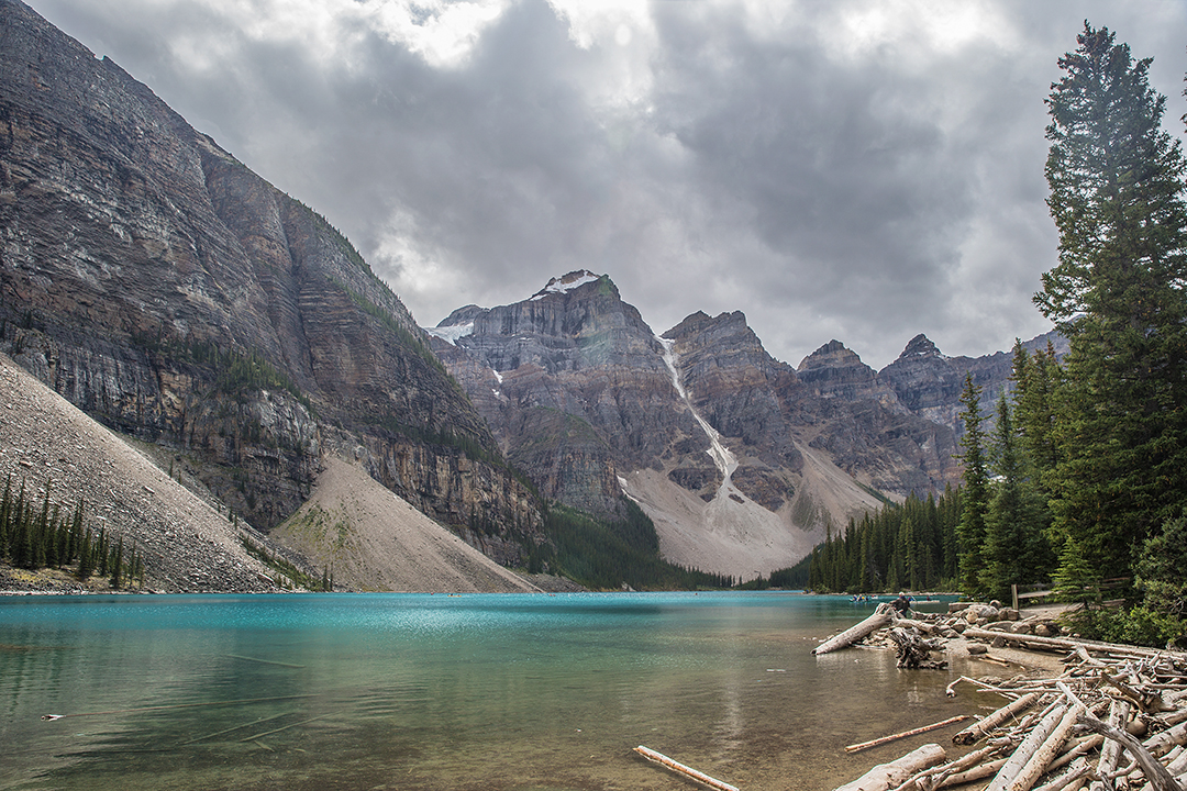 Banff-Lake-Moraine-and-Ten-Peaks-Alberta-3