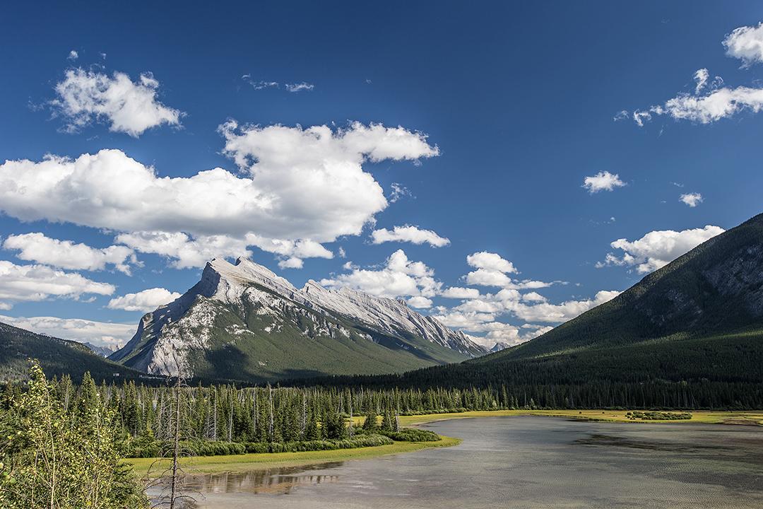 Banff-Mount-Rundle-Alberta-03